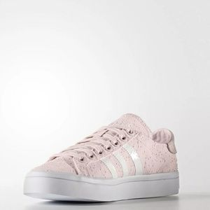 adidas CourtVantage Halo tennis shoes